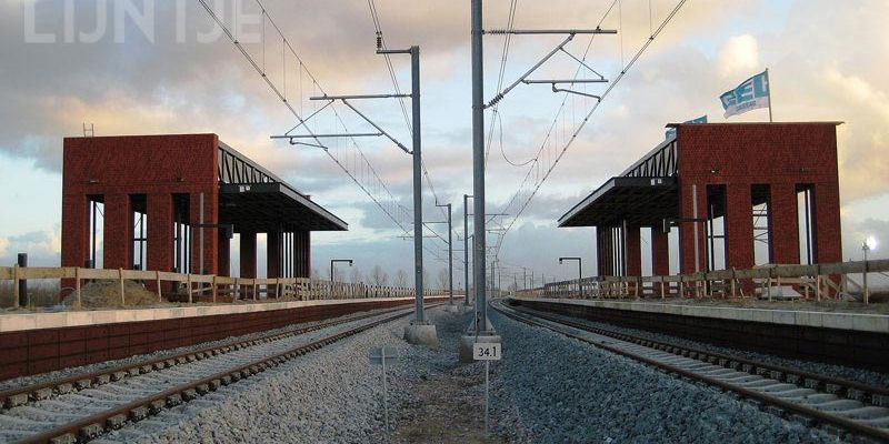 7k. Kampen 3 december 2011, station gemetseld